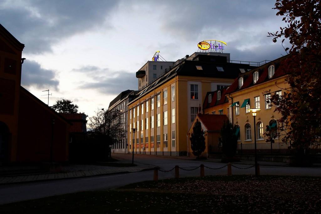 Sunlight in darkness - Nyköpings f d tvålfabrik som nu är Hotell med restaurang och SPA