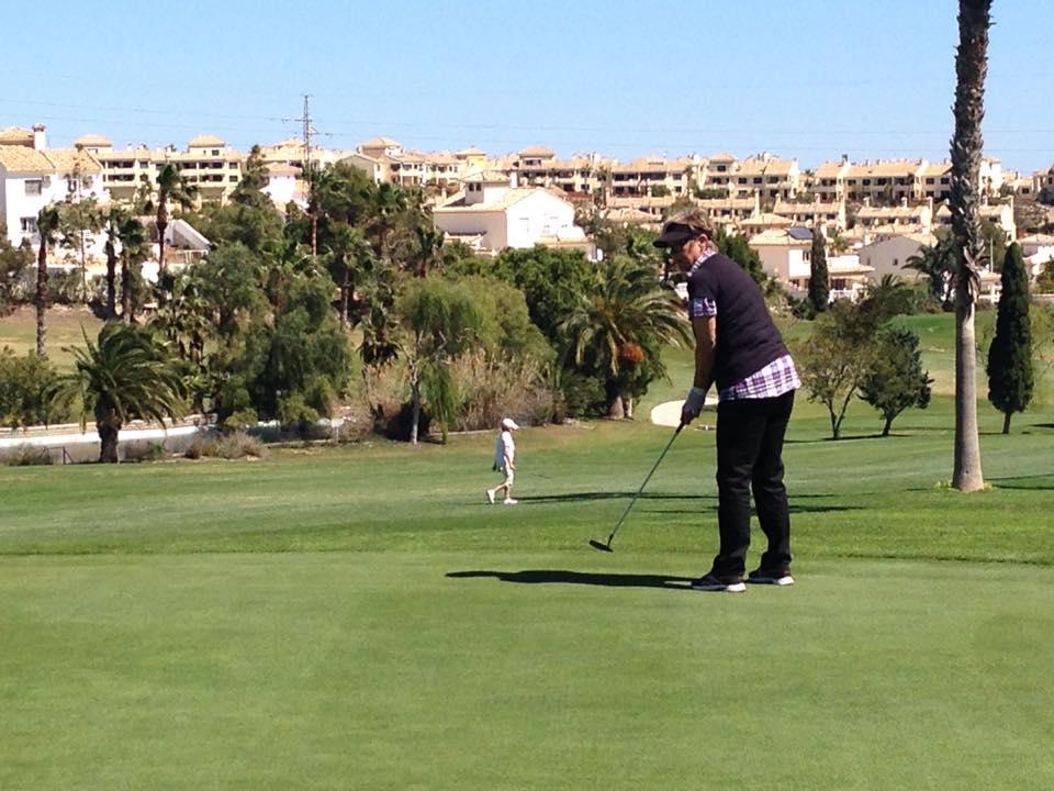 Anne_golf