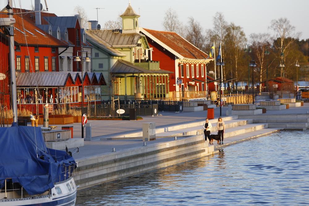 escort i nyköping gamla damer